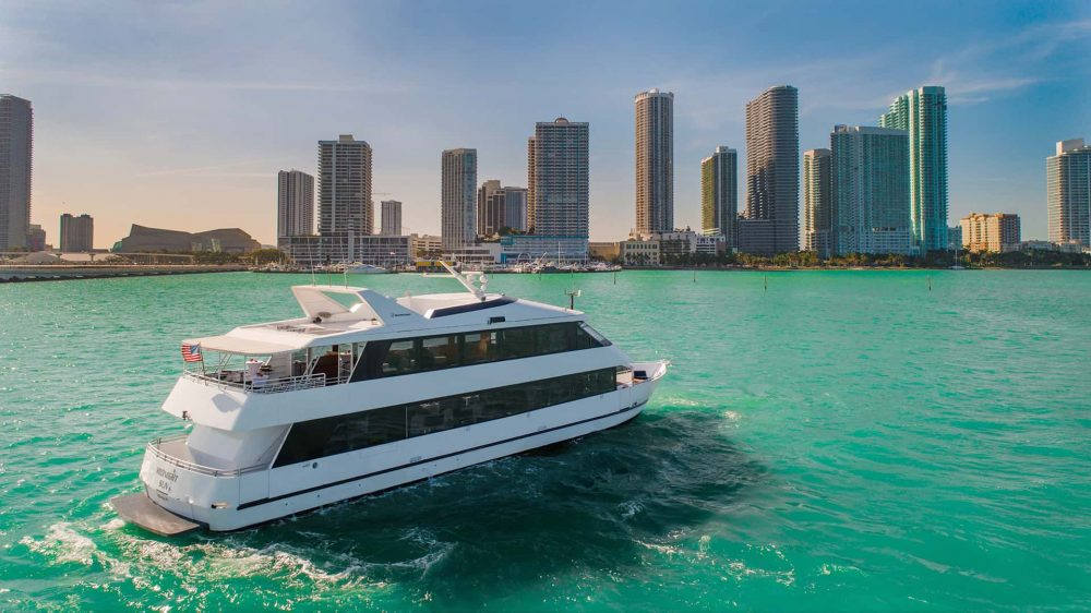 100' Miami Beach Party Yacht Charters