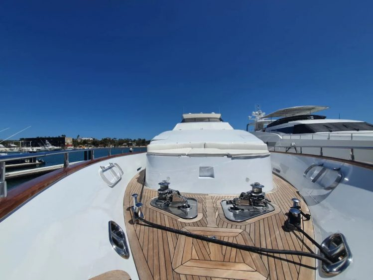 yacht charter in Cabo San Lucas