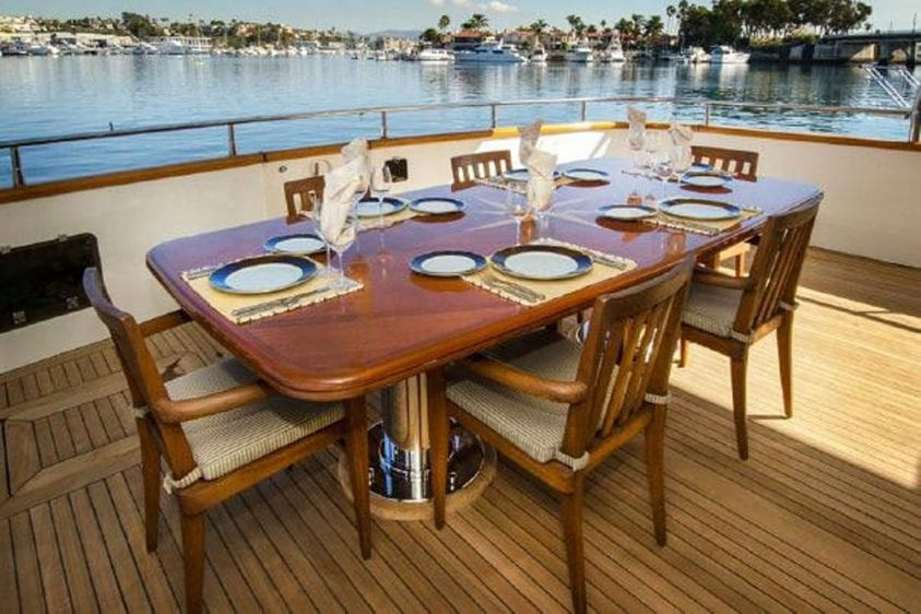 101' Azimut Newport Beach Luxury Yacht Aft Deck Dining
