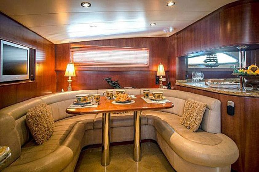 101' Azimut Newport Beach Luxury Yacht Breakfast Table