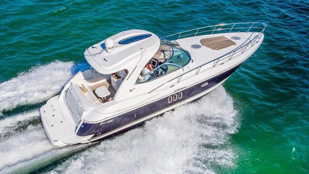 43' Cruiser Yacht Rental Miami Beach Cruising