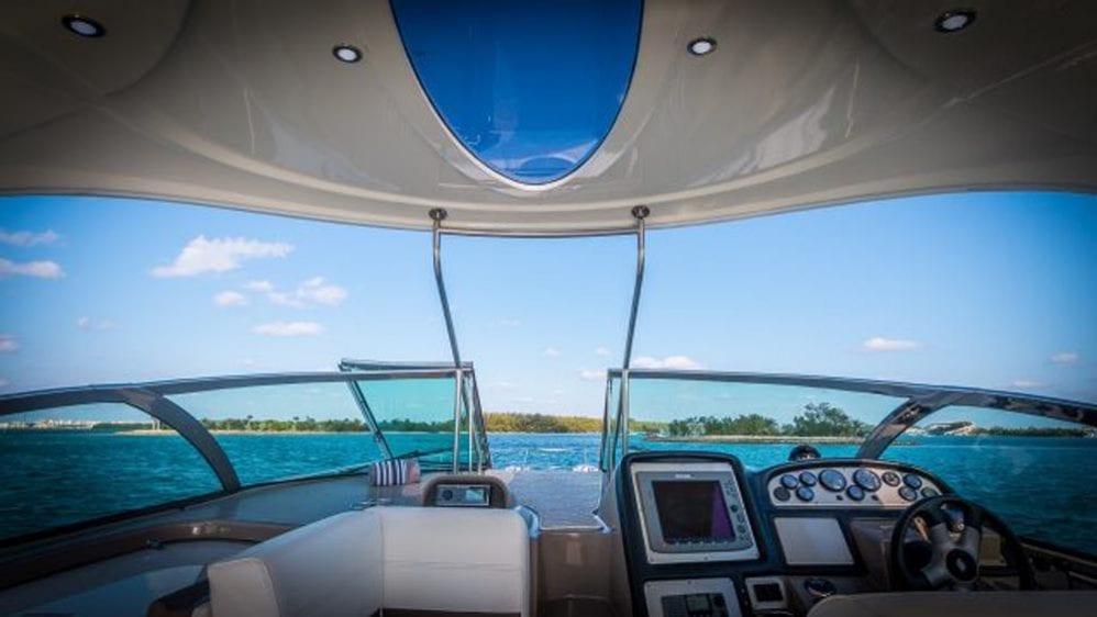 43' Cruiser Yacht Rental Miami Beach Forward View