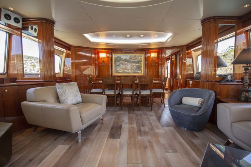 Newport Yacht Super Yacht Rental