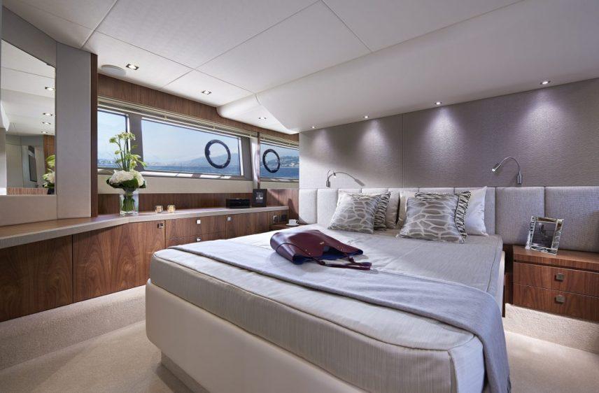 Newport Beach Luxury Yacht 52' Sunseeker Stateroom 3