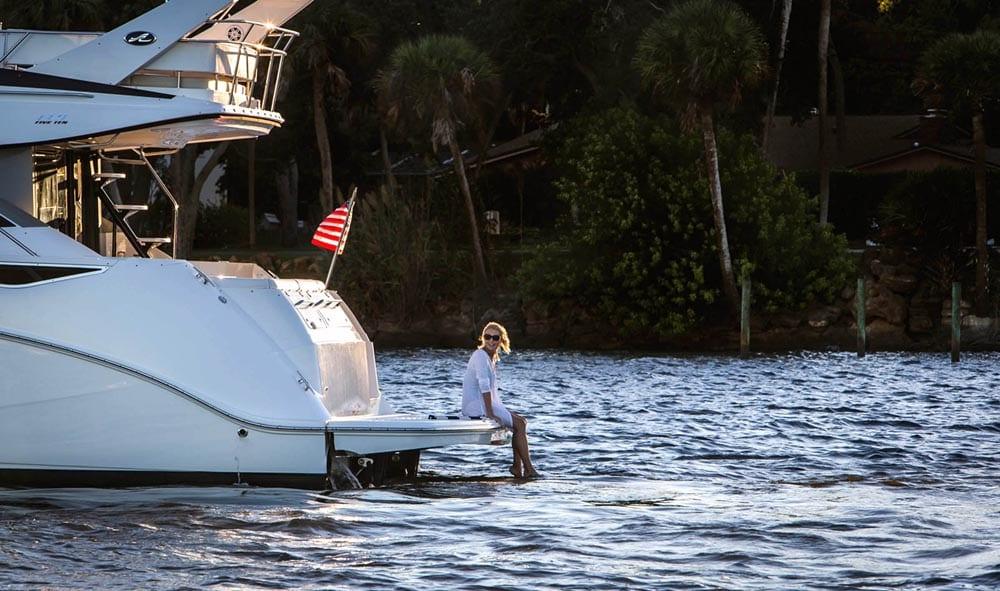 55' Sea Ray Flybridge Yacht Charter Miami Beach Swim Platform