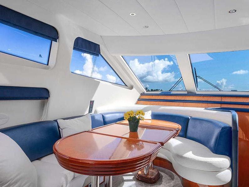 Luxury Yacht rentals in Miami