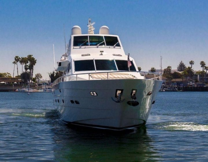 Fort Lauderdale Yacht Rental 93' Horizon Bow