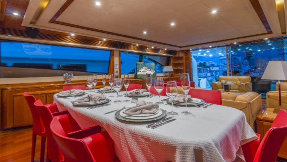 88' Ferretti Private Yacht Rental Miami Dining Table