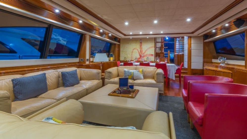 88' Ferretti Private Yacht Rental Miami Salon