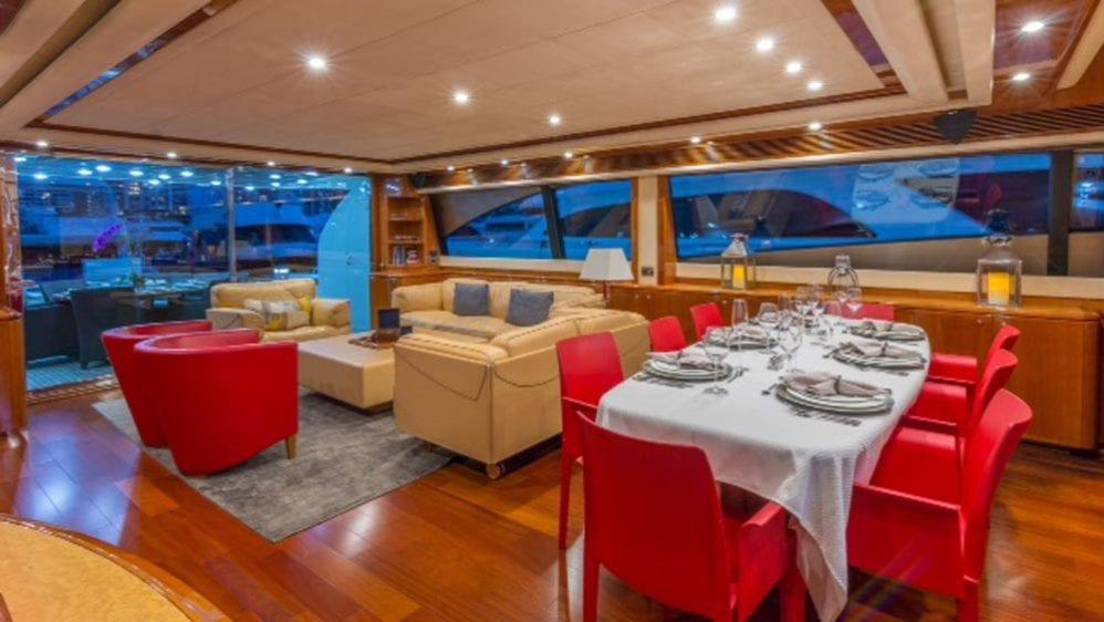 88' Ferretti Private Yacht Rental Miami Salon & Dining Table