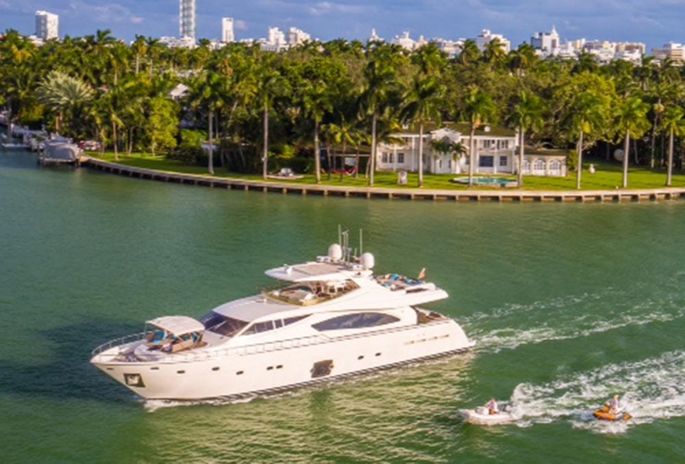 88' Ferretti Private Yacht Rental Miami