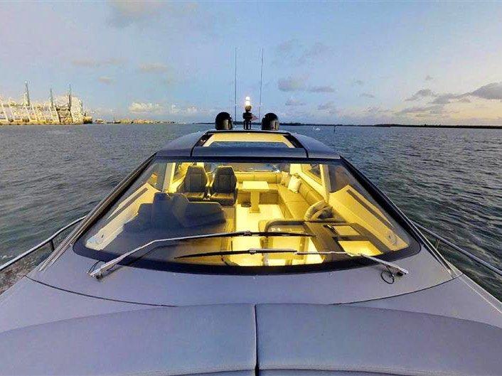 Luxury Yacht Charters near Los Angeles