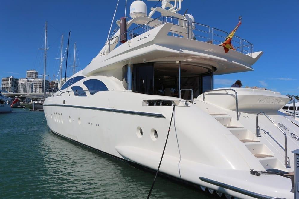Cabo luxury yacht charter 100' Azimut