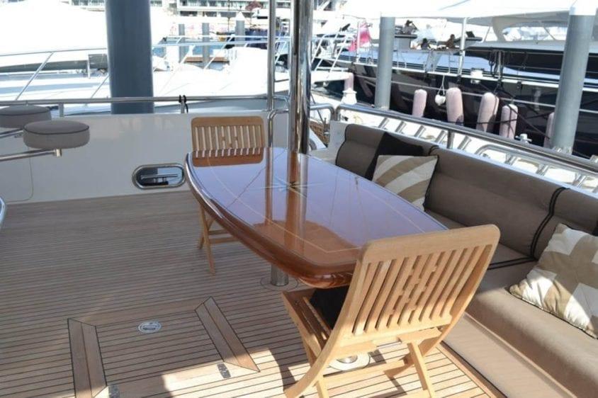Cabo San Lucas Yacht Rentals 92' Horizon Aft Dining