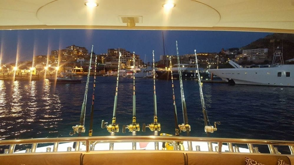 Cabo San Lucas Yacht Rentals 92' Horizon Fishing Ready