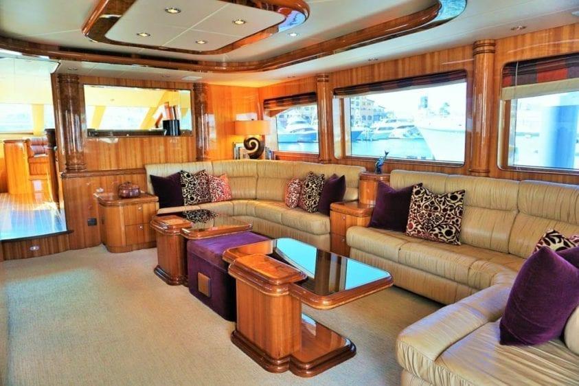 Cabo San Lucas Yacht Rentals 92' Horizon Salon