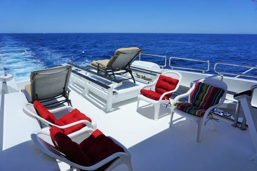 Cabo San Lucas Yacht Rentals 92' Horizon Upper Deck Lounge
