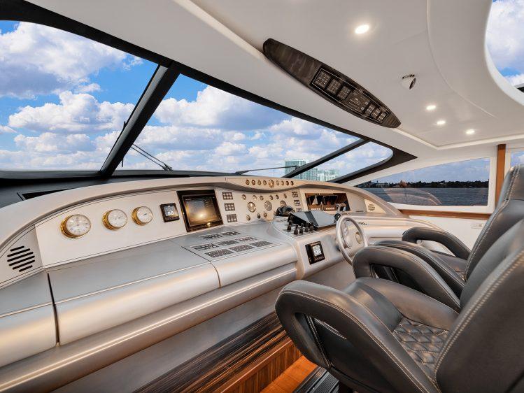 Luxury Boat Rental Near Miami Beach