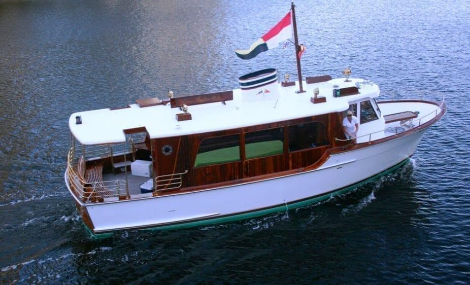 Deerfield Beach yacht charter 44' Shuttlecraft