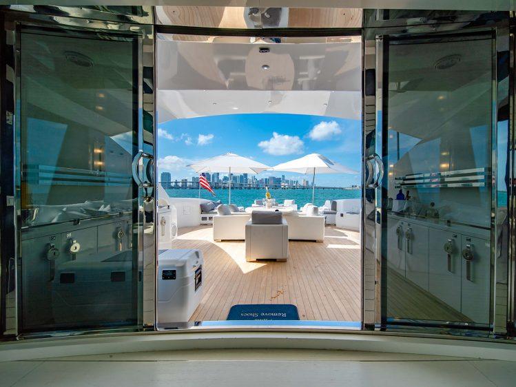 Luxury Boat Rental In Miami