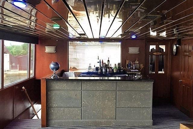 Ft. Lauderdale Yacht Rentals 115' Skipperliner Bar