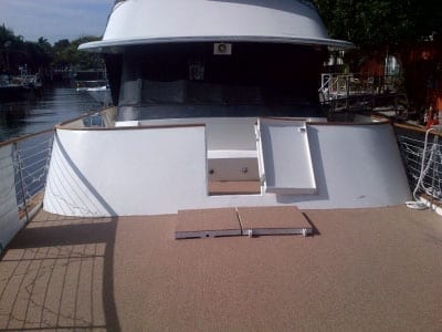 Ft. Lauderdale Yacht Rentals 74' Chris Craft Bow Space