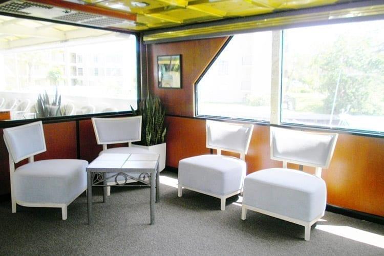 Ft. Lauderdale Yacht Rentals 80' Skipperliner Lounge