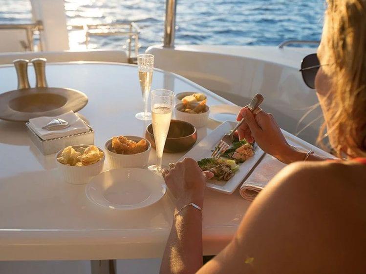 Hawaii Catamaran Yacht Charter