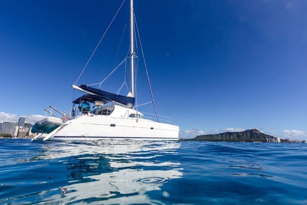 Hawaii Yacht charters 38' Lotus Lagoon