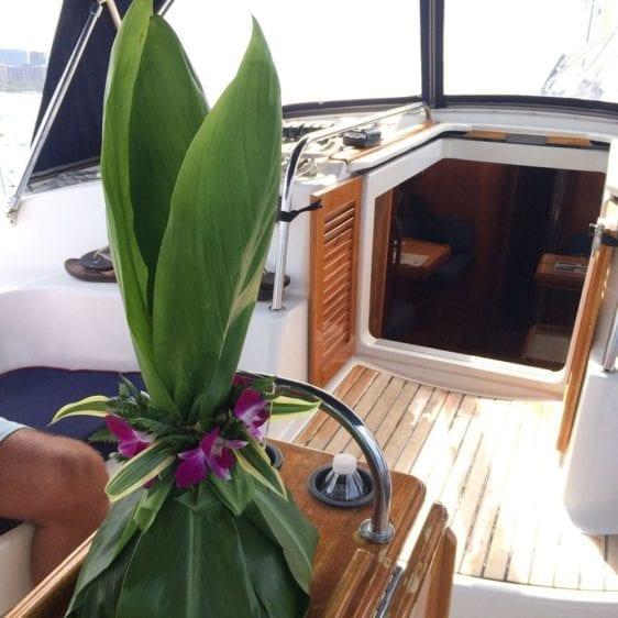 Hawaii Yacht Rentals 43' Jeanneau Hawaii Flowers