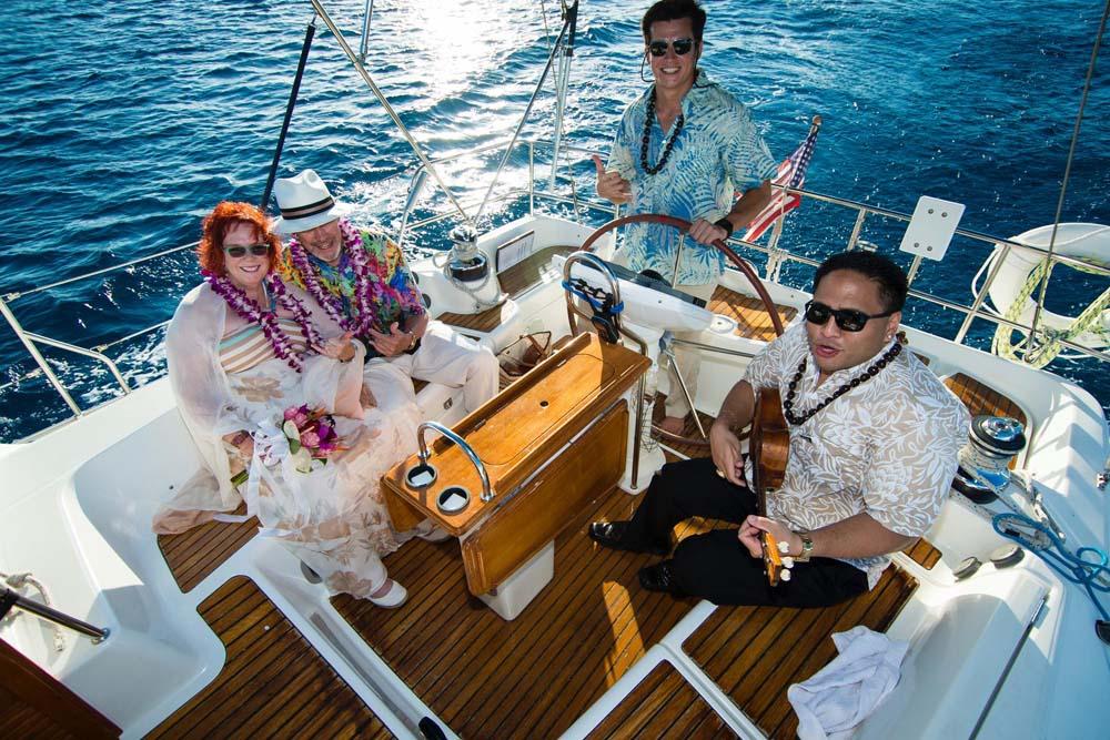 Hawaii sailing charter 43' Jeanneau Helm