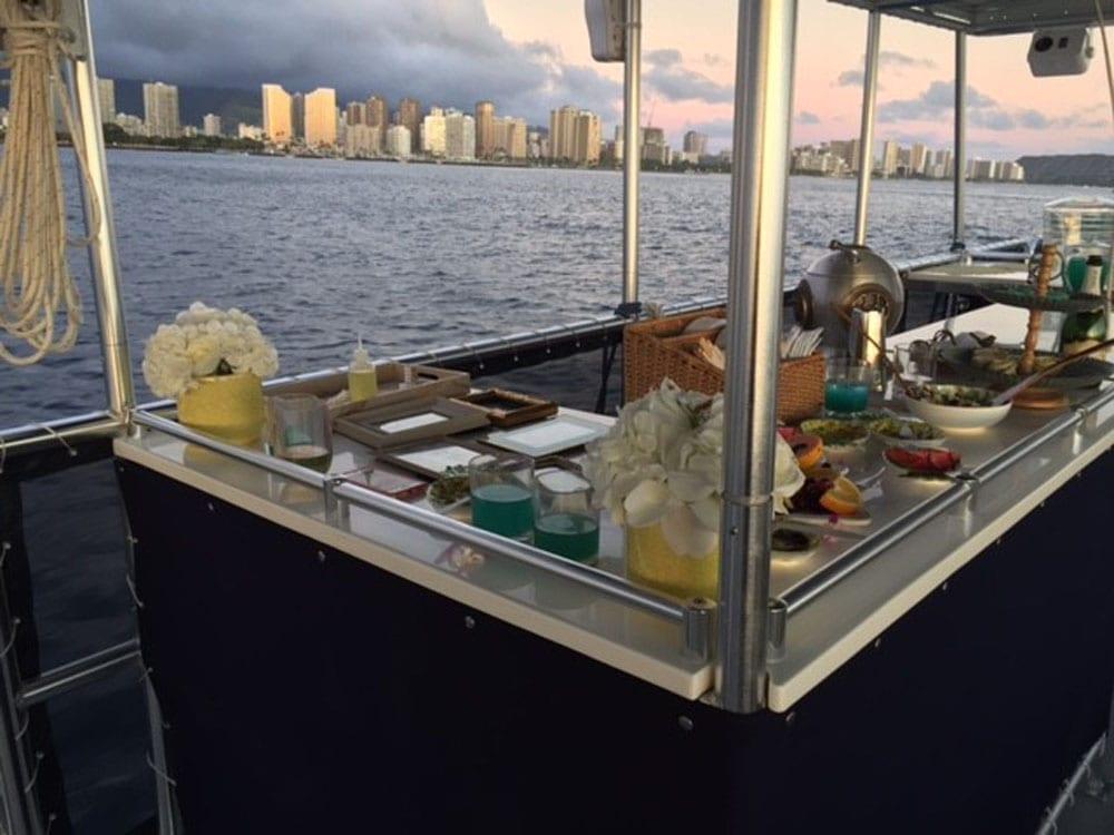 Hawaii catamaran charter 50' Corinthian Bar