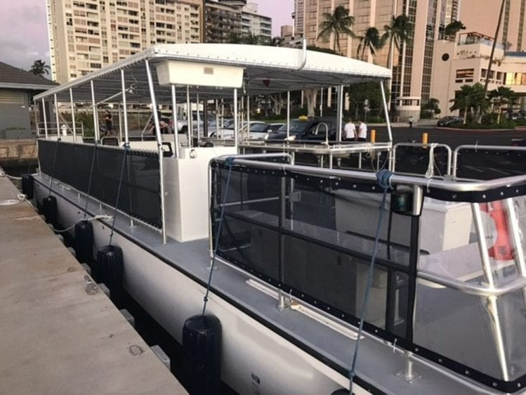 Hawaii Yacht Rentals 50' Corinthian Starboard Profile