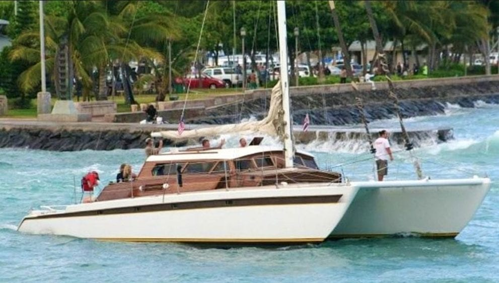 Hawaii Yacht Rentals 51' Royal Hawaiian Cruise