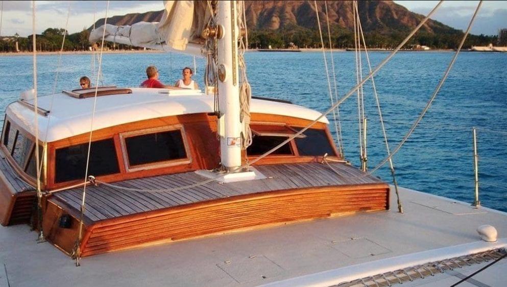 Hawaii Yacht Rentals 51' Royal Hawaiian Forward Seating