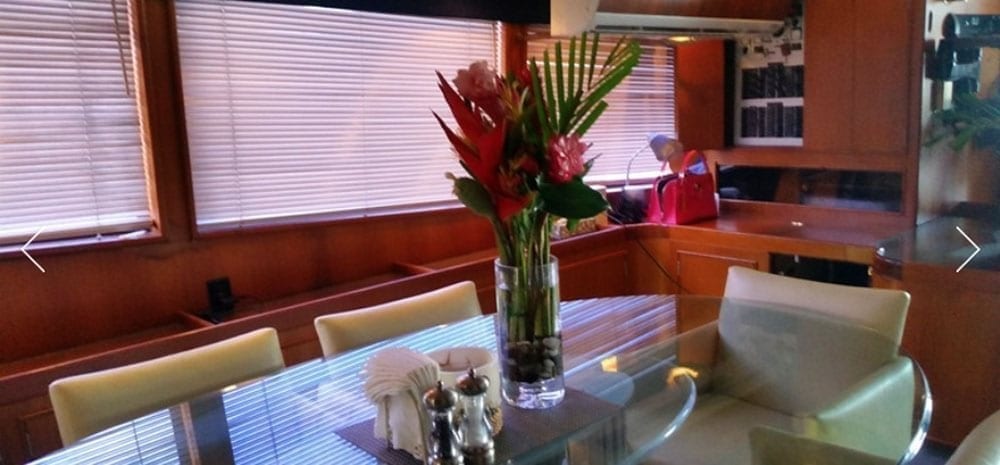 Hawaii Yacht Rentals 74' Striker Dining