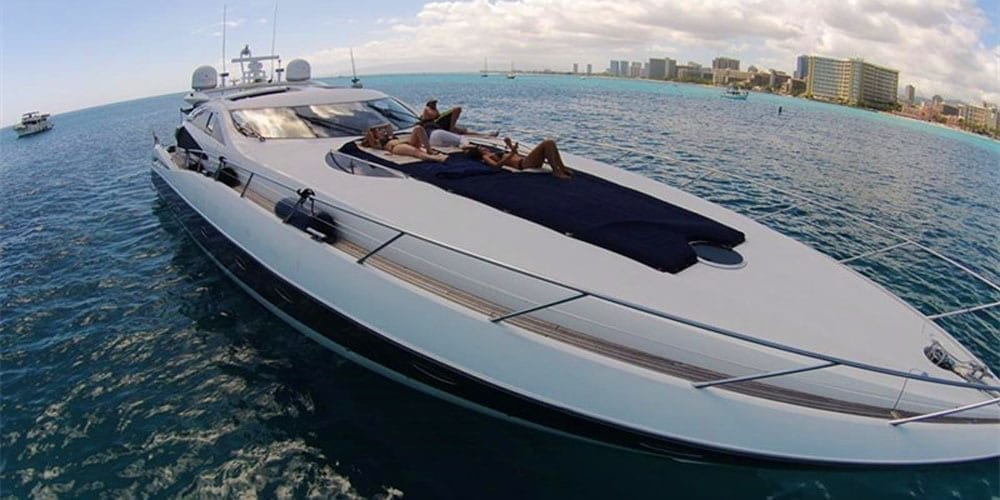 Hawaii Yacht Rentals 75' Sunseeker Bow