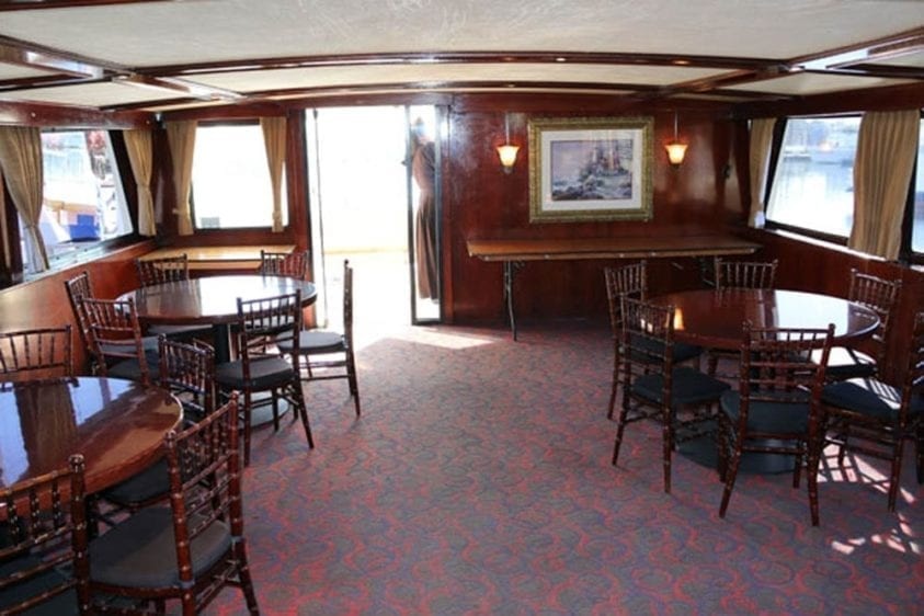 Long Beach Yacht Rentals 67' Westport Tables