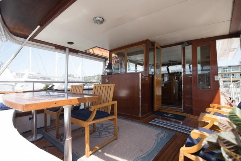 Los Angeles Yacht Rentals 65' Chris Craft Aft Seating