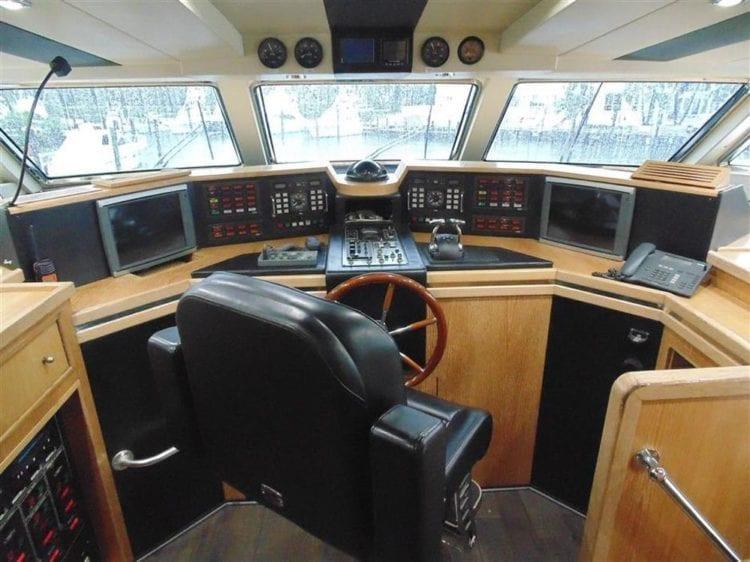 Marina Del Rey Yacht Rentals 100' Azimut Helm