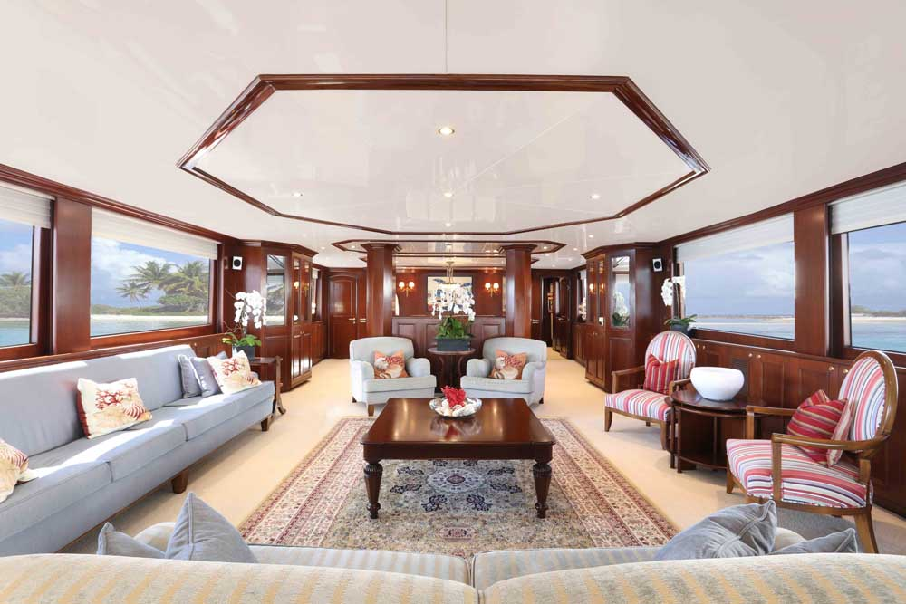 Luxury Yacht Charters 125ft Yacht 07