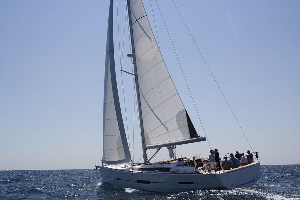 Luxury Sailboat 56' Dufour Profile