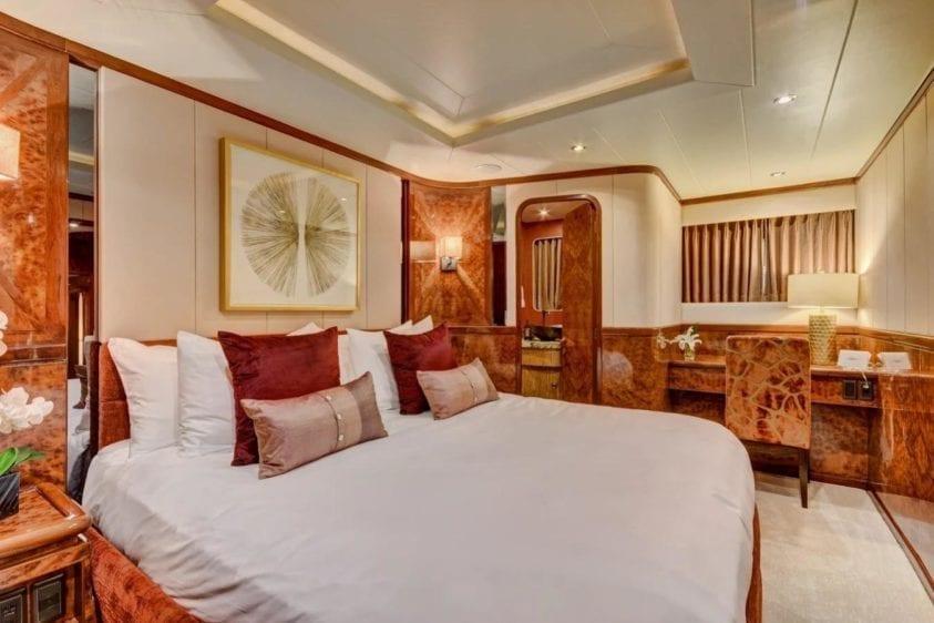 Marina del Rey Yacht Charter 24