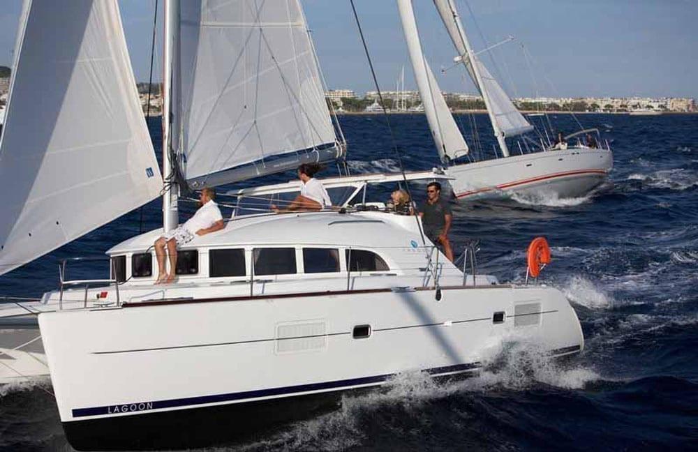 Marina del Rey Yacht Charters 38' Lagoon