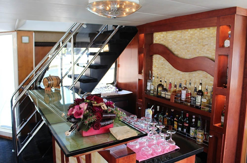 newport beach yacht charter 85' Pacifica Bar