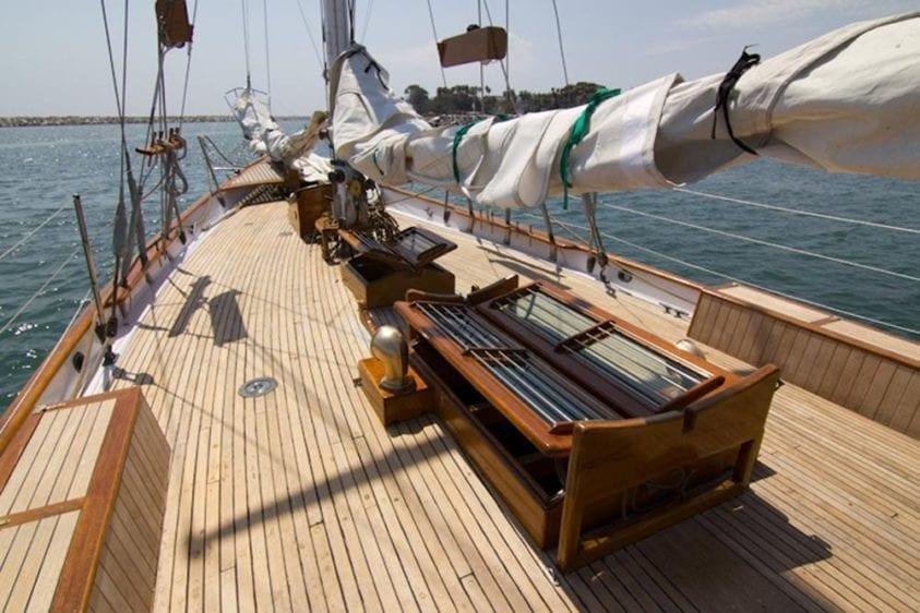 Marina del Rey Yacht Rentals 85' Schooner Bow