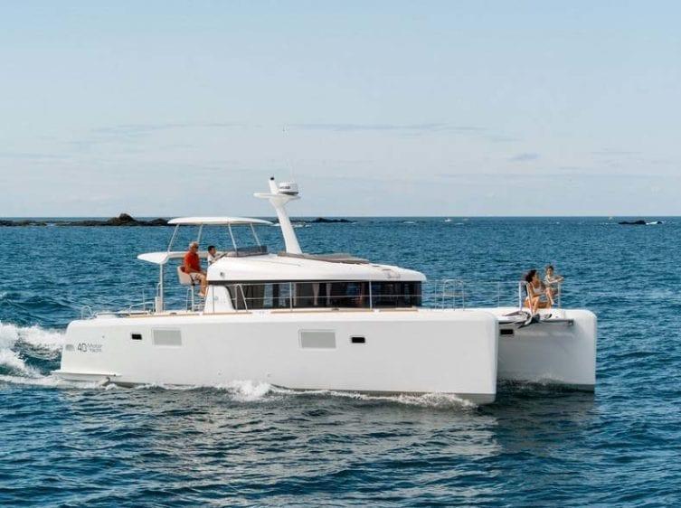 Marina del Rey Yacht Rentals Lagoon 01
