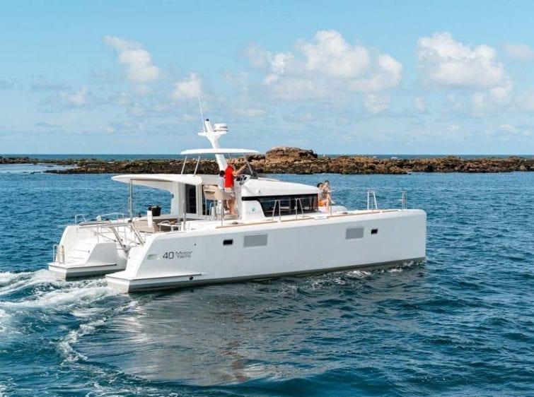 Marina del Rey Yacht Rentals Lagoon 02