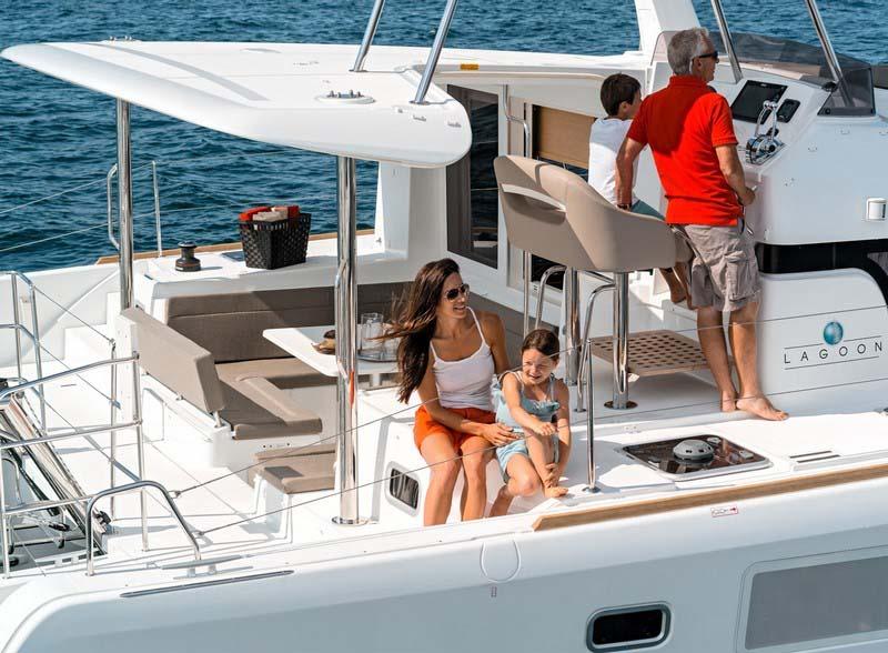 Marina del Rey Yacht Rentals Lagoon 08