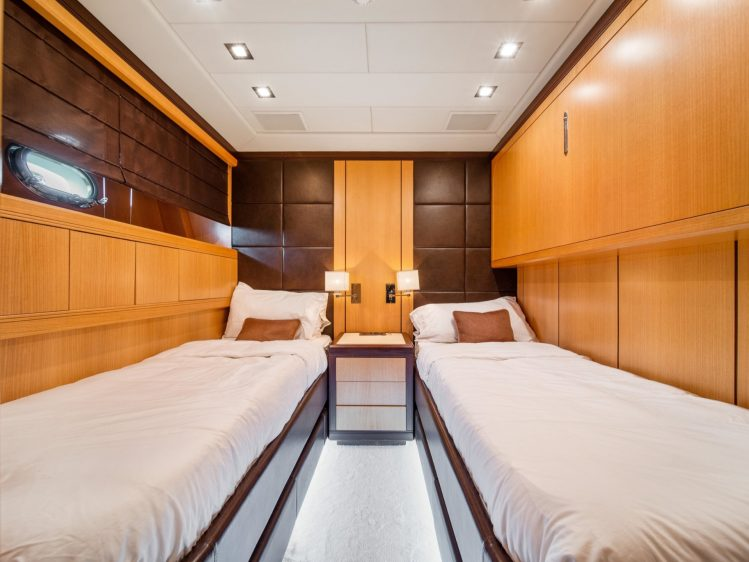 Miami Super yacht rental twin beds
